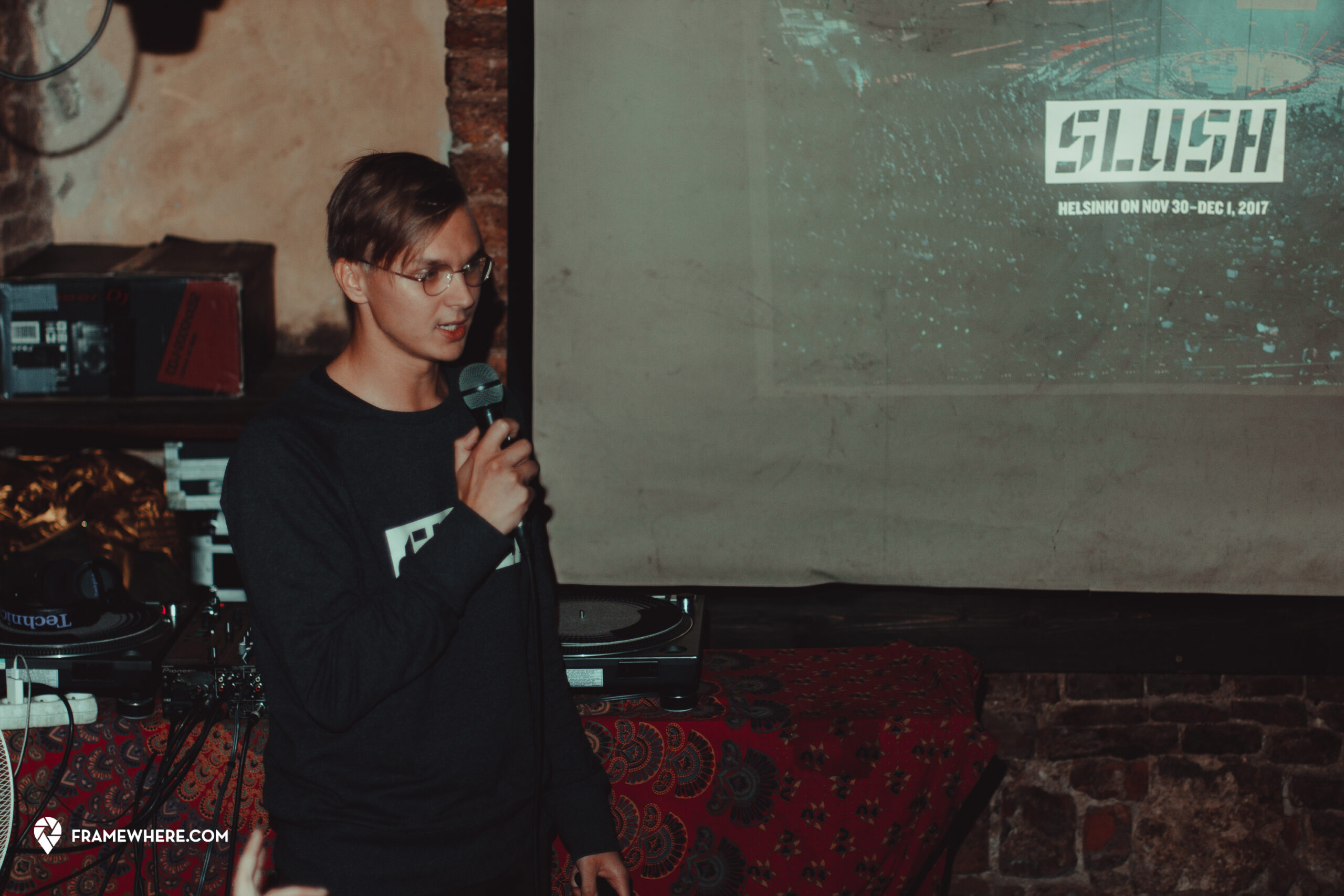 , Photos Or It Didn't Happen: #OMGKRK Partners With Framewhere To Capture Krakow Startup Community