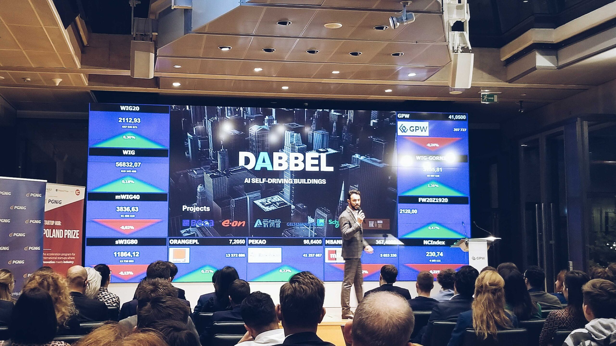 , A.I. Building Management System DABBEL Wins Startup Hub's Poland Prize